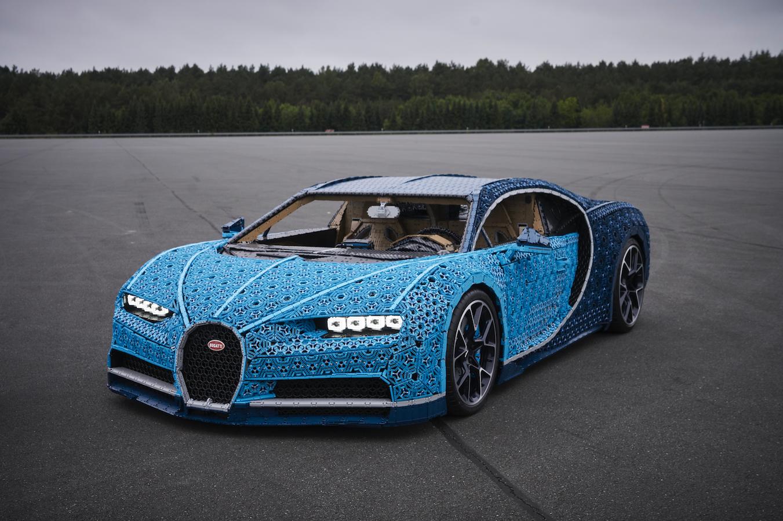 f8ccd90cc33 Na Kladně postavili Bugatti Chiron. Má to ale jeden háček - Garáž.cz