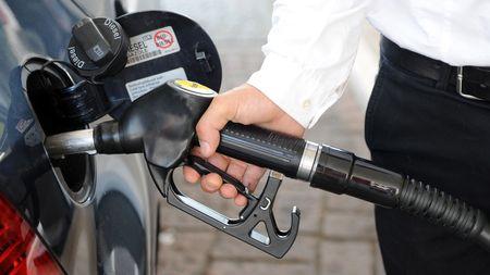 Jak snížit spotřebu auta? Tyhle jednoduché triky opravdufungují!