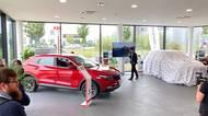 Čínská auta značky Dongfeng vstupují na český trh! Jaké tři vozy se unás budou prodávat a za kolik?
