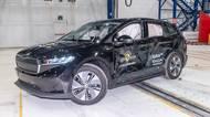 Škodovka roztřískala Enyaq iV v rámci nárazových nárazových testů. Pro odpůrce elektromobility však nemáme vůbec dobrou zprávu